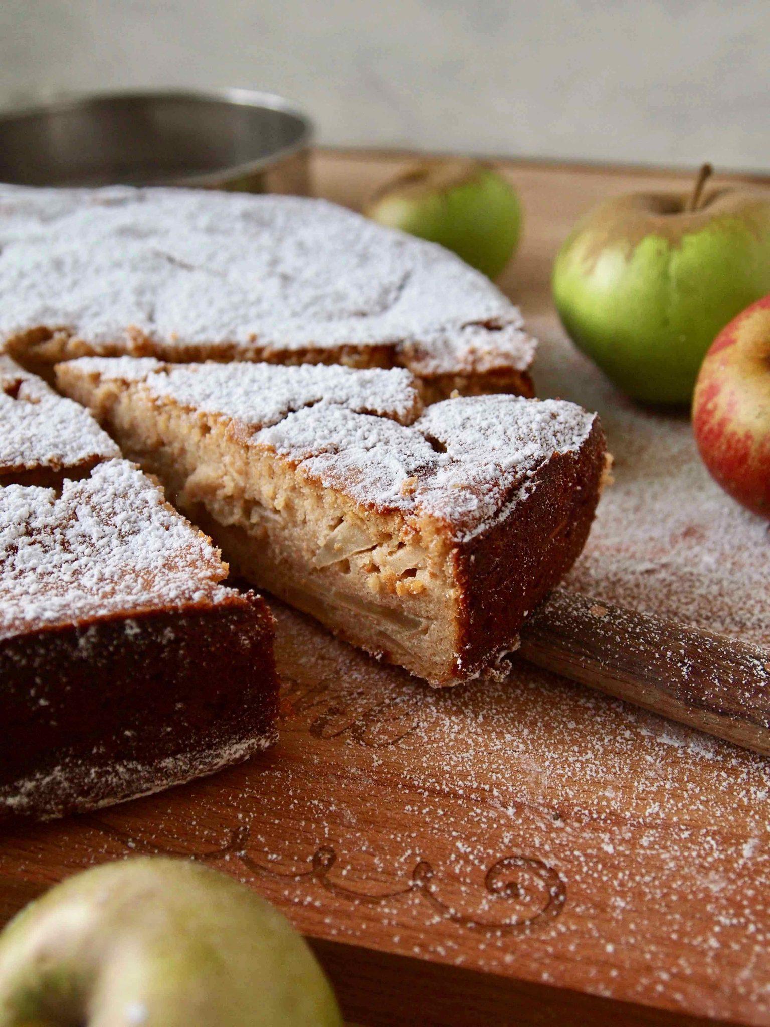 Apfel-Grieß-Kuchen