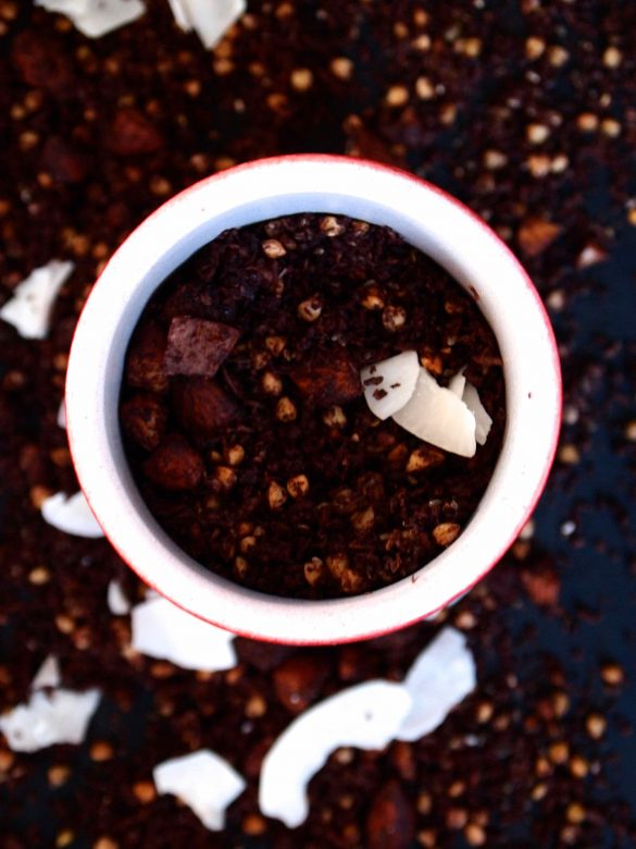Kakao-Buchweizen-Granola