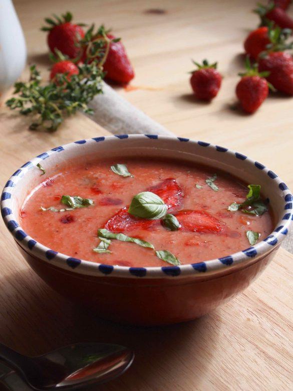 Gaspacho de Morango - Sommerliches Erdbeer-Gaspacho