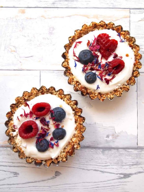 Granola Breakfast Tartes