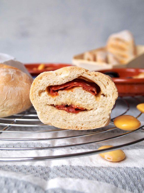 Pão com chouriço - Portugiesische Chouriço-Brötchen