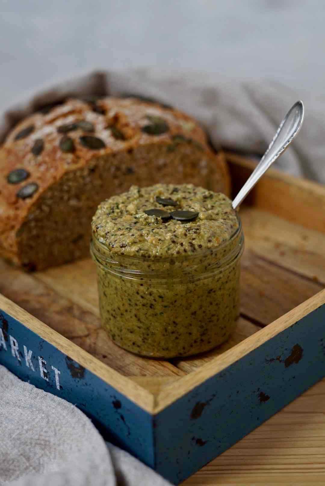 Erdnuss-Kürbis-Crunch