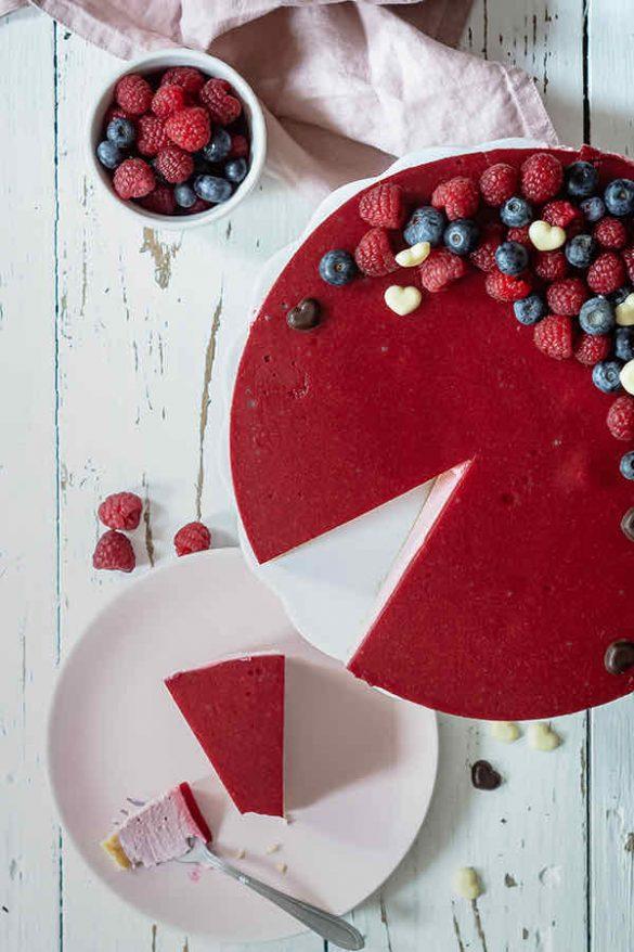 Kaleidoscopic-Kitchen_Rebekka_No-Bake-Valentinstag-Cheescake