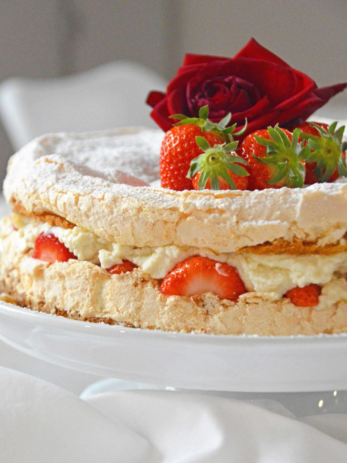Erdbeer-Baiser-Torte Sistereckblog