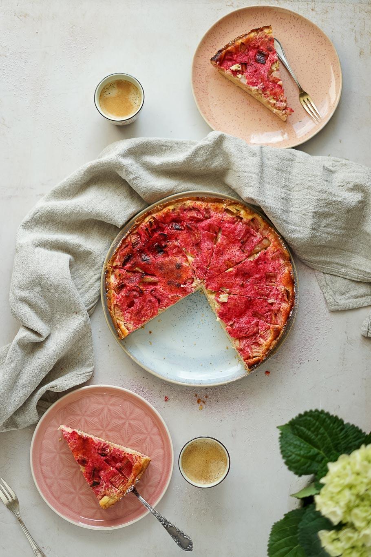 Rhabarberkuchen mit Saure-Sahne-Guss