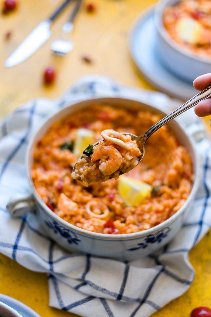 Portugiesischer Reis mit Meeresfrüchten